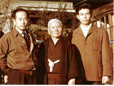 Okazaki Teruyuki (1932-2020)